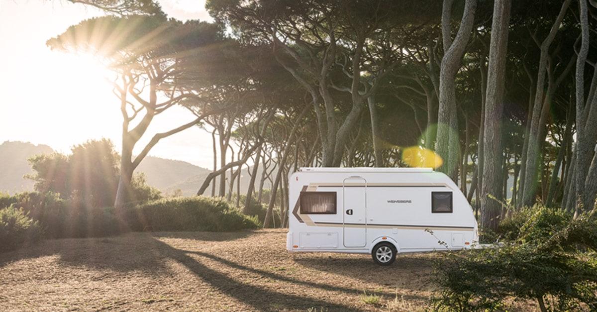 Wohnwagen Mit Etagenbett Und Festbett Kaufen : Der neue wohnwagen caraone kompakt flexibel sicher